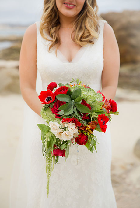 Red-Bouquets-Sara-Richardson-Photography
