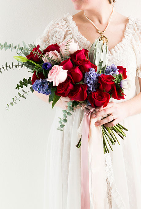 Something-Blue-Wedding-Bouquets-Hurtienne-Photography