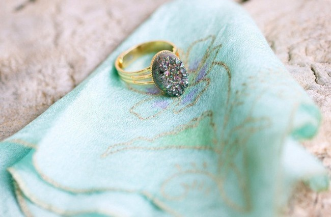 unique-vintage-engagement-ring-aqua-hankie_full